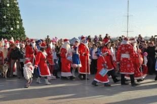 Деды Морозы Ялты установили 3 рекорда Украины