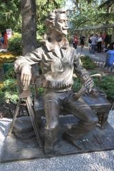 Открытие памятника Александру Ханжонкову