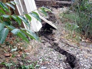 Застройщик, по вине которого в Ялте сошел оползень, обещает укрепить склон