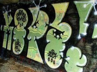 Граффитчиков в Ялте начали ловить на горячем