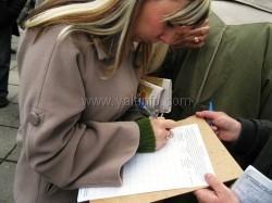 Ялтинцы собирают подписи для обращения к Януковичу по защите заповедника