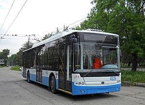 В Ялте запустили экскурсионный троллейбус