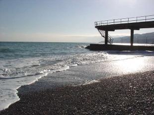 Треть пляжей Большой Ялты не готовы к курортному сезону