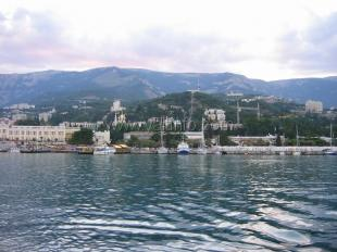 Порт Ялты открыл летнюю навигацию