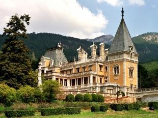 Воронцовский и Массандровский дворцы можно будет посетить за полцены