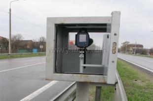 Общественники определили участки Ялтинской трассы, которые уже «загарпунила» ГАИ