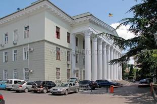 Ялтинский мэр обещает увольнять чиновников за игнорирование проблем жителей