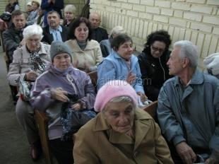 В Ялте поздравили пожилых людей и ветеранов.