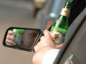 Пьяный гаишник  с разбитым носом лишился авто (ВИДЕО)