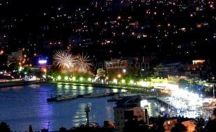 За месяц до Нового года в ялтинских отелях раскупили 50% номеров
