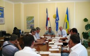 Депутаты Ялты призвали иностранцев не вмешиваться в дела Украины