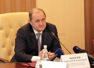 Могилев потребовал быстрее раздавать крымскую землю