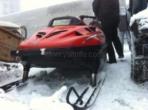 На Ай-Петри у предпринимателя  отобрали снегоход