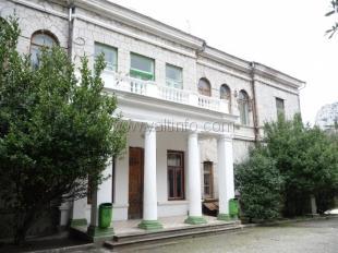 Имущество детского санатория «Пионер» отдали под ночной клуб