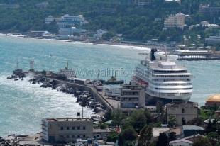 В 2014 году ялтинский порт примет 211 круизных судов