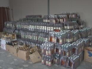В Ялте выявили нелегальный алкогольный цех