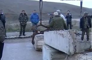 В Севастополе на всех въездах установили блок-посты (ВИДЕО)