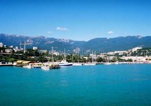 Большинство туристов, отдыхающих в Крыму, предпочитают останавливаться в Ялте