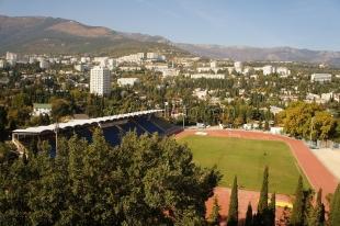 Сегодня и завтра в Ялте проходит Первенство Республики Крым среди ДЮСШ и СДЮШОР по легкой атлетике