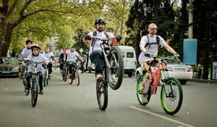 В Ялте прошел первый массовый велопробег