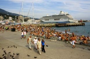 С начала года Крым посетило 3,2 млн человек - минкурортов