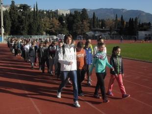 Более сотни юных ялтинских легкоатлетов сдали нормы ГТО