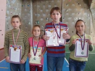Сборная команда «Ялта ФАиС» стала чемпионом Республики Крым по скалолазанию