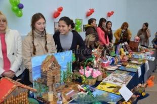 В Ялте прошла благотворительная ярмарка в помощь онкобольным детям