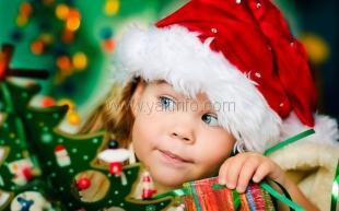 На зимних каникулах 2,5 тысячи ялтинских детей бесплатно посмотрят новогодний музыкальный спектакль
