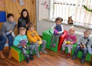 Крымские меценаты подарили «Алым парусам» новую мебель, компьютеры, оргтехнику и тренажёры
