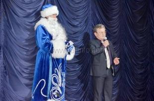 Ялтинские власти организовали праздничный спектакль для детей из многодетных семей