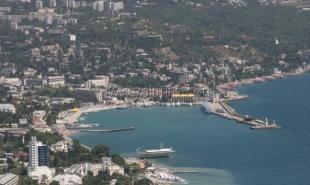 К весне в ялтинском порту появятся три корабля с местной пропиской