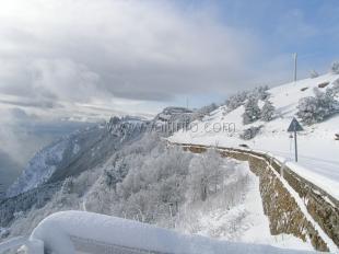 Въезд на плато Ай-Петри в день Праздника зимы будет разрешён только на полноприводных автомобилях