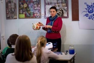 Ученики Ялтинской художественной школы перенимают опыт российских мастеров