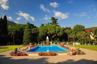 Никитский сад в этом году планирует принять не менее 400 тысяч посетителей