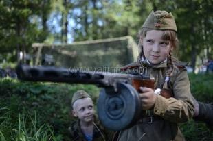 Школьники из Ялты отправились на фестиваль «Федюхины высоты»