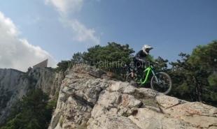RideThePlanet презентовали фильм о маунтинбайке в горах Крыма