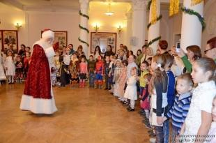 В Ялте прошла новогодняя ёлка от имени главы администрации города