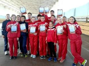 Ялтинские легкоатлеты привезли с крымских первенств 23 медали