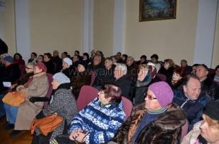 В Ялте будут расторгать договоры с перевозчиками, которые отказываются возить льготников