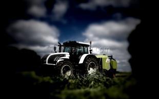 Никитский ботанический сад подарил отделению «Приморское» два новых трактора