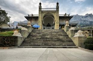 Ласточкино гнездо сольют с Воронцовским дворцом и галереей Айвазовского