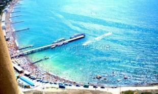 В Крыму никак не могут решить, какие пляжи открыть, какие закрыть