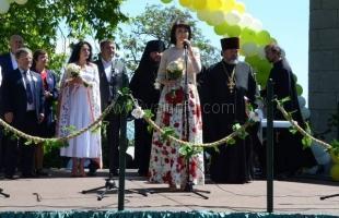 В Ливадии прошёл традиционный праздник благотворительности и милосердия «Белый цветок»