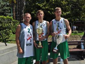 Спортсмены из Ялты выиграли  турнир по стритболу на «Кубок Черного моря»