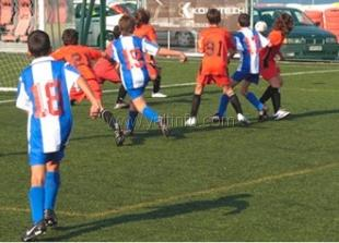 В Симферополе дети, перенесшие операции на сердце, сыграют в футбол