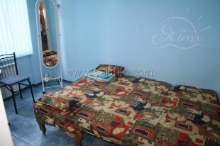 Квартира-студия голубая в центре Ялты