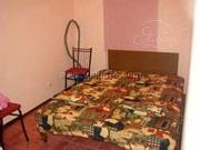 Квартира-студия розовая в центре Ялты