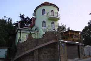 """Дом """"Башня"""" с бассейном"""