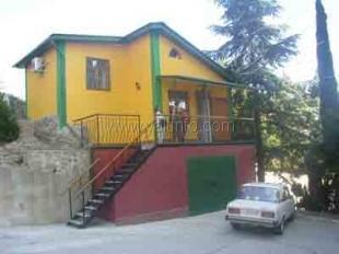 Дом в Гурзуфе (на скале)
